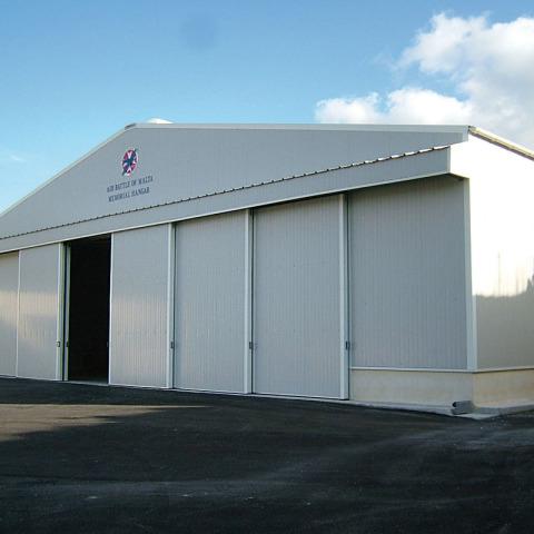 2006_0209tryout0346 - Hangar Brochure