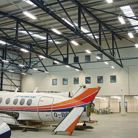 DSC02224 - Hangar Brochure