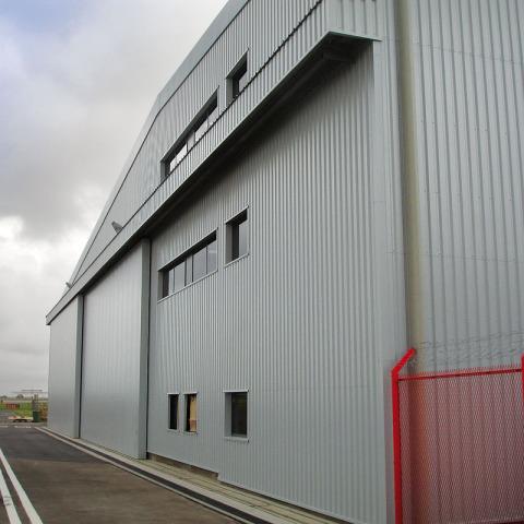 DSC02228 - Hangar Brochure
