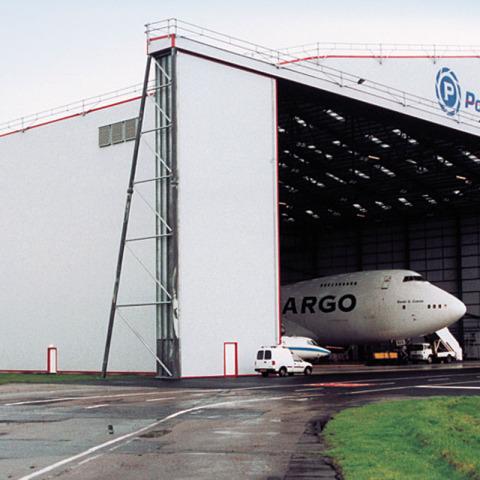 RS 5908 Hangar - Polar Air reid_p3a - Hangar Brochure