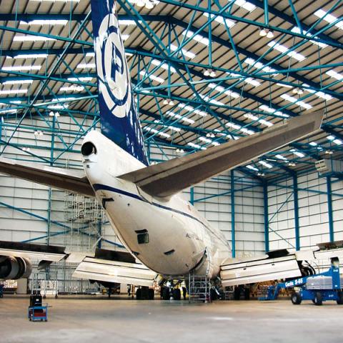 RS 5908 Hangar - Prestwick DSC00675 - Hangar Brochure