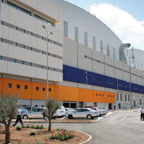 RS 7160 Hangar - Malta IMG_1507 - Hangar Brochure