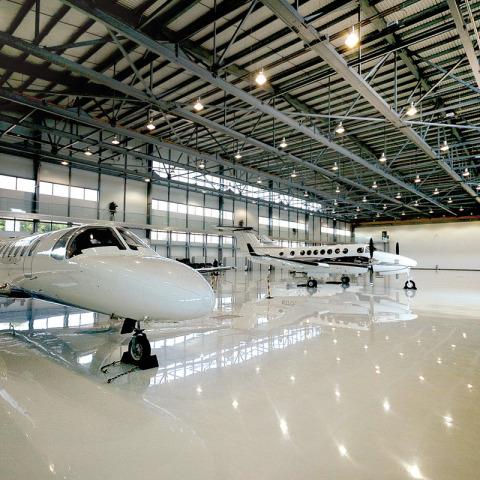 RS 7237 Hangar - Hangar Interior DSC_5345 - Hangar Brochure