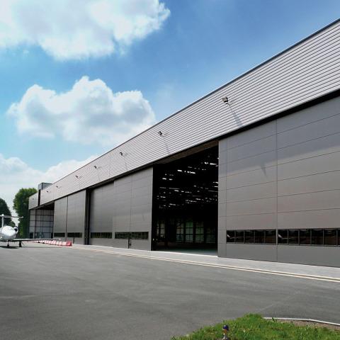 RS 7480 Hangar - Biggin Hill Terminal Hangar MAIN P1030728 tweaked - Hangar Brochure