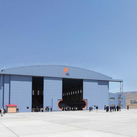 RS 7592 Hangar - Eznis 123 tweaked - Hangar Brochure