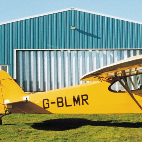 RS Hangar - Sliding Concertina Doors reid_p8d - Hangar Brochure